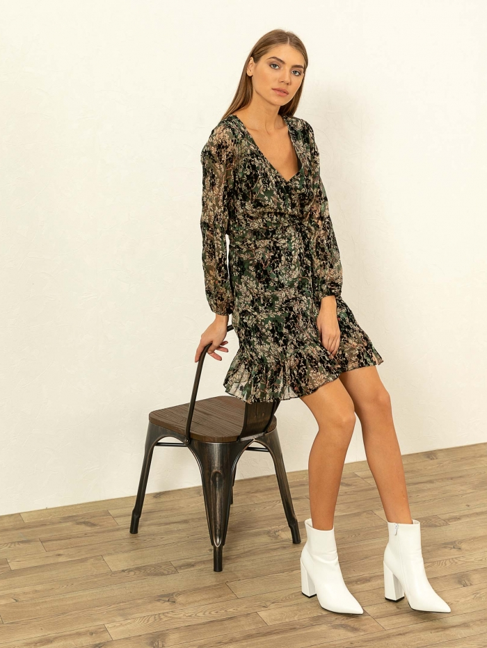 Φλοράλ φόρεμα με βελούδινες λεπτομέρειες